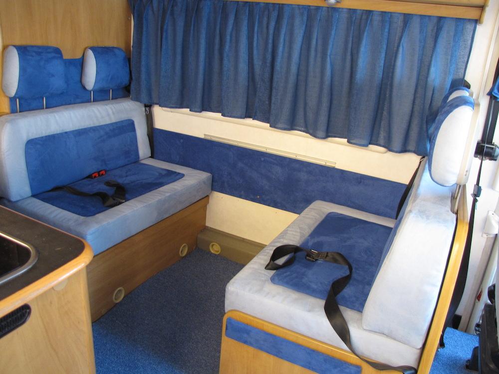 camper blu sedili posteriori